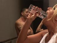 Vidéo porno mobile :